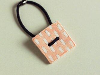 磁器ボタンゴム・四角ミシン ピンクの画像