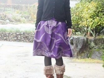 銘仙の毎日スカート(紫に花と鳳凰・L)の画像
