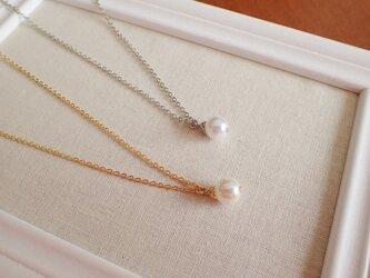 ホワイトパールの一粒ネックレスの画像