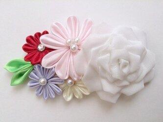 【つまみ細工】選べるお花のアクセサリーの画像