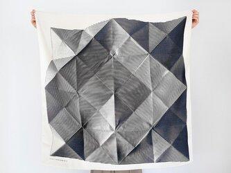 Folded Paper Blackの画像