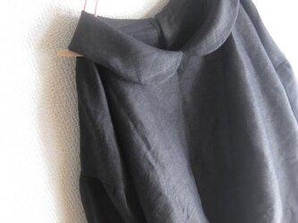 【受注製作/12.9再販売】W52リネン後ろボタン襟付きブラウスプルオーバー★黒の画像