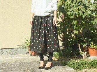 銘仙のタック入りスカート(ちいさなスクエア柄・M~L)の画像