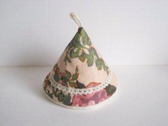 かわいい花柄の三角鍋つかみ(ピンク)の画像