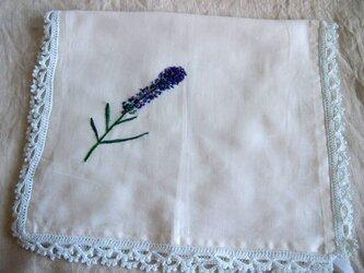 ラヴェンダーを刺繍したリネンのマルチクロスの画像