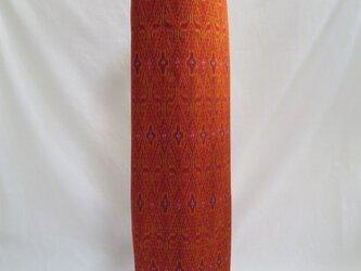 手織り絣ヨガマットバック オレンジ メタルバックルの画像