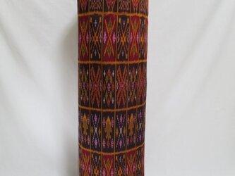 手織り絣ヨガマットバック エンジスクエア メタルバックルの画像