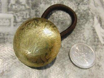 真鍮ブラス製 レトロ柄入り丸型 ヘアゴムコンチョ 髪留め・バッグ飾り・ペットの首輪飾りにもの画像