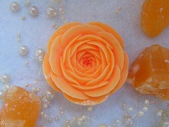 【オーダー】オレンジのバラいちりん。 ソープカービングの画像