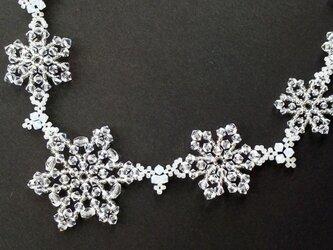 氷の結晶のネックレス・01の画像