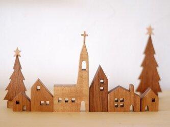教会のある街並 ツリーセットの画像