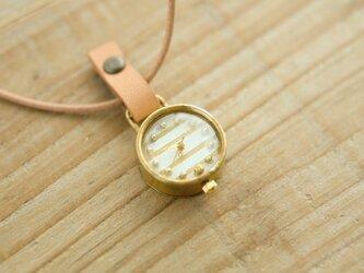 首からさげる時計 shima white N004の画像