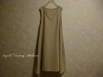 【ご注文受付】コットンリネン Vネック シンプル 春ワンピース 変形裾 定番の画像