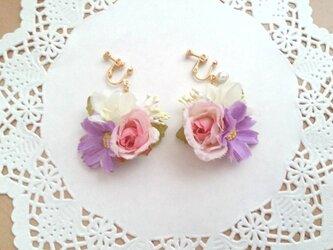 花束みたいなイヤリングの画像