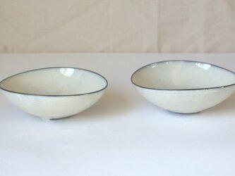 楕円の小鉢の画像