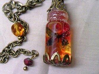 蝶の瓶詰めA 片耳ピアスの画像