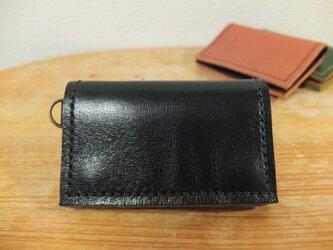 シンプルで使いやすい背面ポケット付きの小銭入れ(大)_BKの画像