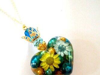 王女の香水bluegreenネックレスの画像