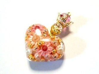王女の香水babypinkネックレスの画像