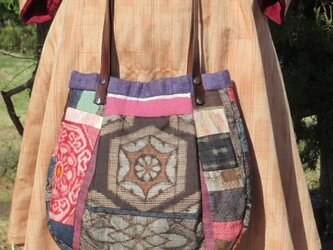 大島紬のマチ付きバッグの画像