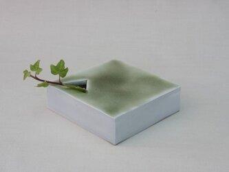 水に暮らす(white-四角)の画像