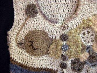 鳥と花手編みベストかぎ編みの画像