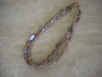 グレージュ色 天然石ネックレス(小)の画像