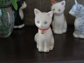 猫の置物 シロの画像