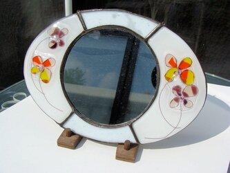 花楕円ガラスの鏡の画像