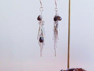 シルバーピアス Pine Earringsの画像