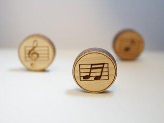 ブローチ music (beams)の画像