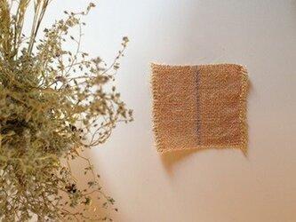 手織り リトアニアリネン糸で織った ドイリー ピンクの画像