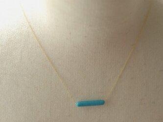 ベネチアングラスの透明感あふれるネックレス(I字)の画像