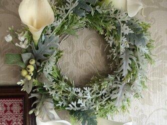 クリスマス向け★スモーク色のダスティーミラーとカラーのリースの画像