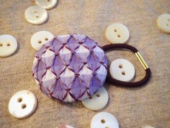 スモッキング刺繍くるみボタンのへアゴム S-1の画像