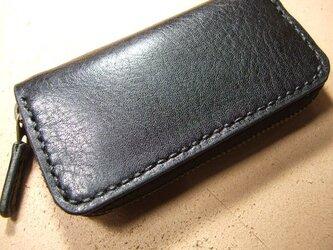 黒のファスナーコインケースの画像