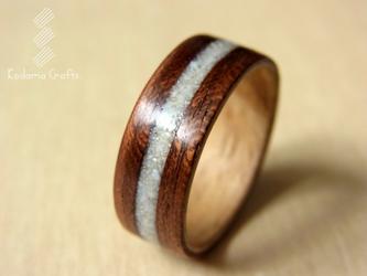 木の指輪~ハワイアンコア&ユーカリ×サンゴの化石~の画像