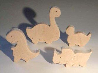 木のパズル よん恐竜の画像