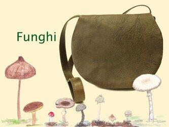 ショルダーバッグ Funghi ブラウンB-10-1の画像