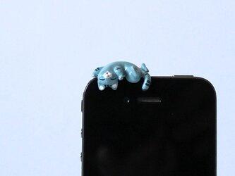 あおむけグニャリ猫イヤホンジャック 【ブルー】の画像
