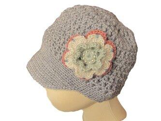 子供用:手編みニット帽子 小さなつばのキャスケット (46cm)の画像