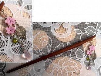 桜の簪の画像