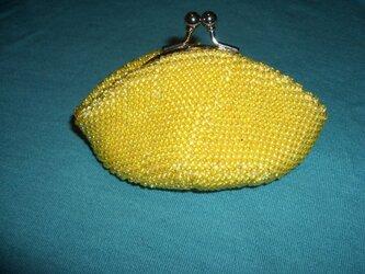 ビーズ編み込みのがま口の画像