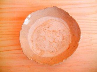 ゆる〜い猫の絵皿A茶の画像