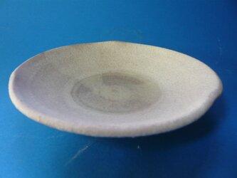 粉引き皿の画像