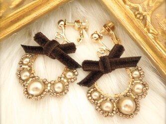 Brown pearl & velvet - イヤリング -の画像