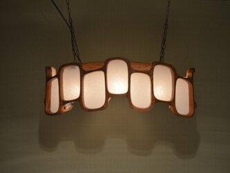 木製 ペンダントランプの画像