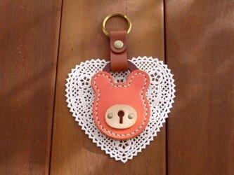 【Y様専用】本革 クマの南京錠キーホルダー(ピンク/キャメル)の画像