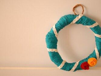 毛糸のリースの画像