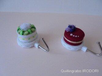ミニチュアケーキのマグネットフックの画像